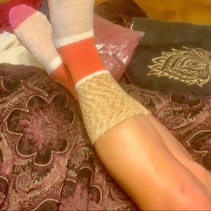 NEW LISTING‼️FREE PEOPLE Socks